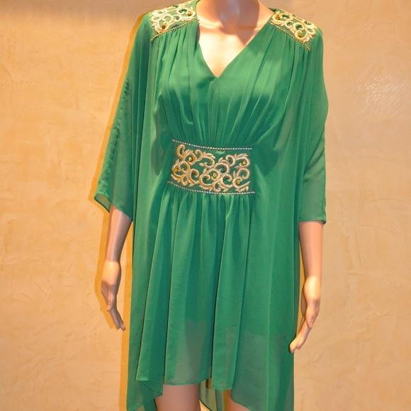 1b4587e9433 Emerald Green Tunic Dress Silk European Designer. Boutique. Quante.  M_5a599636077b97a27b973722. M_5a5996363b160829960df971.  M_5a599636daa8f6caf04188f5